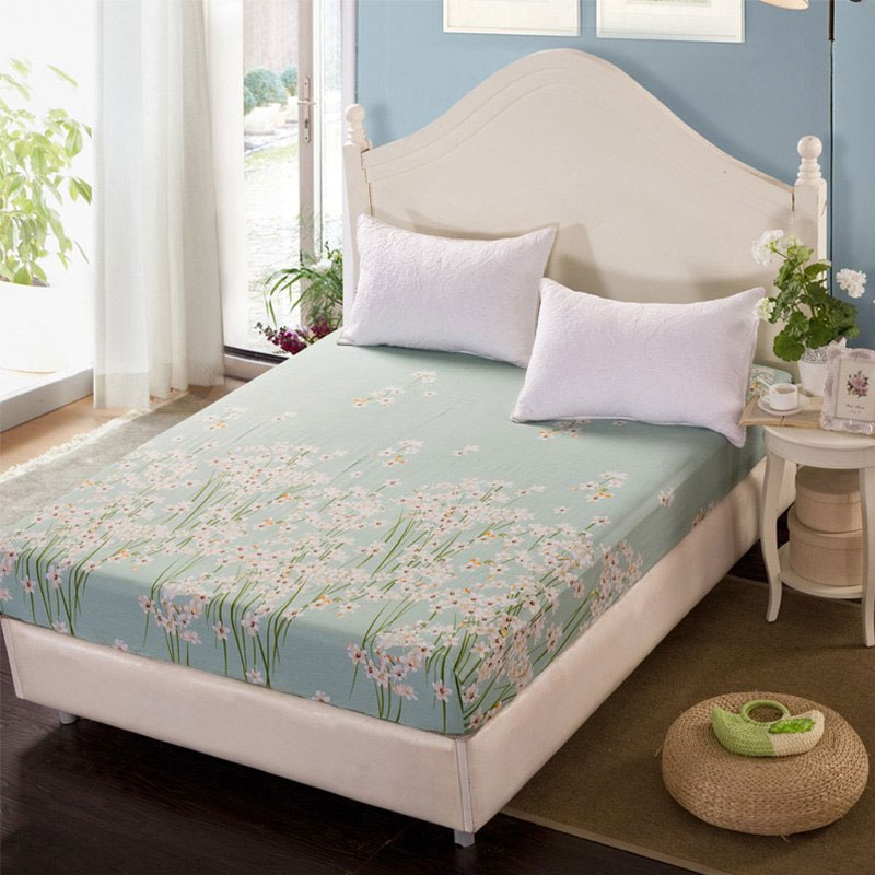 Fashionable Bedspread
